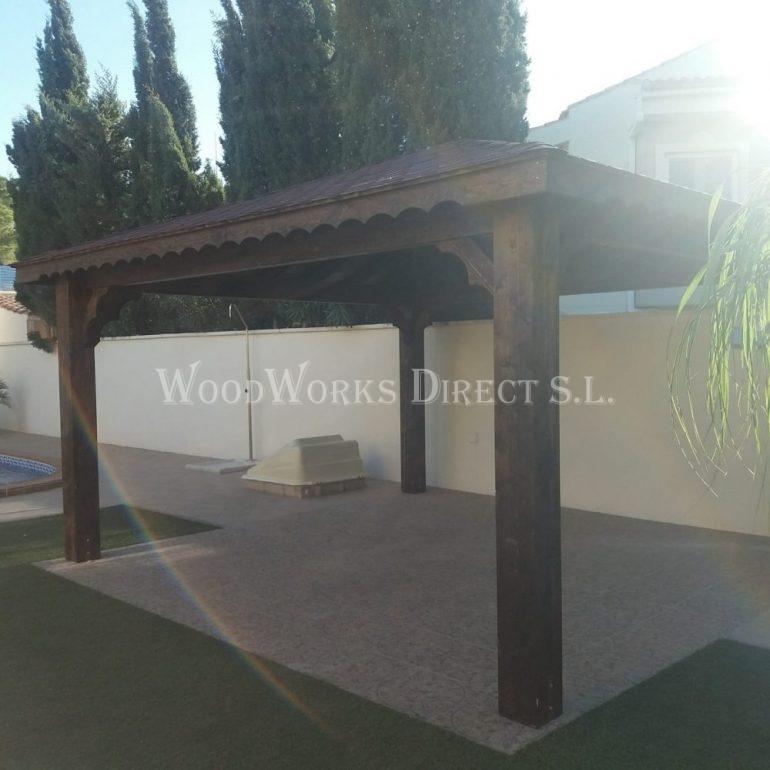Wooden Gazebo in San Miguel de Salinas Alicante