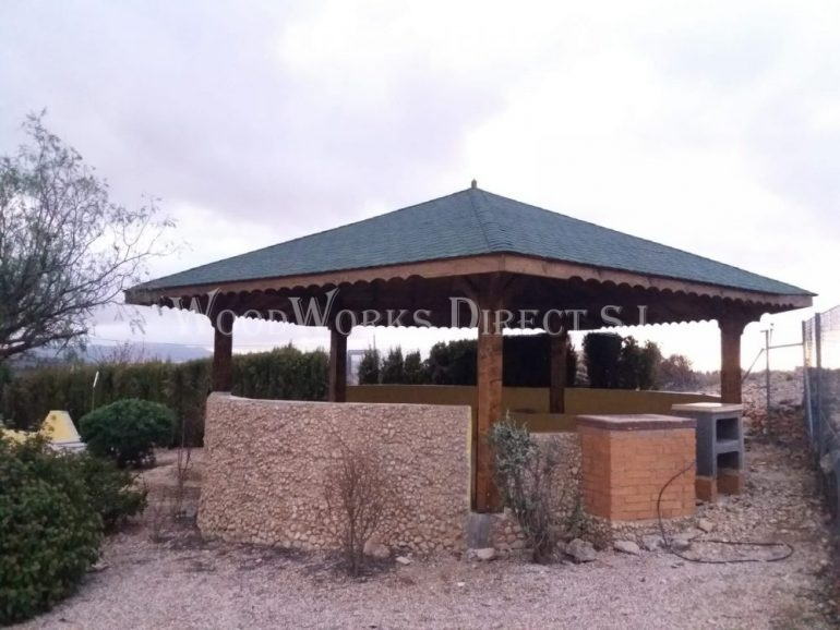 Timber Pentagon Gazebo in Jumilla Murcia