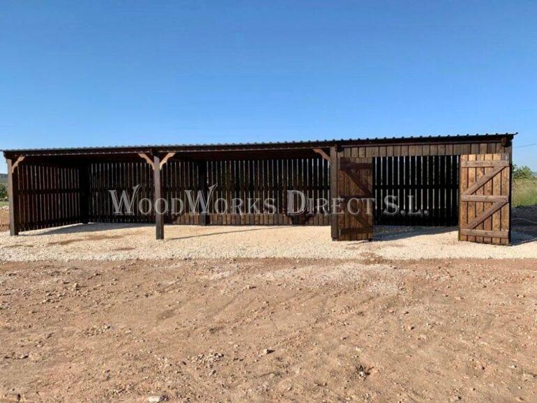 Alicante Pinoso Horse shelter