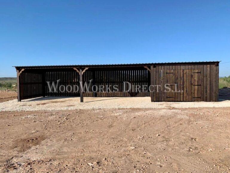 Pinoso Timber Horse shelter